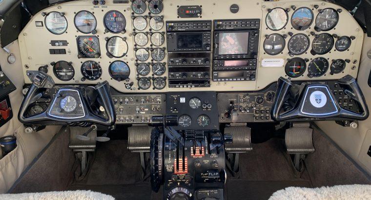 Beechcraft King Air E90